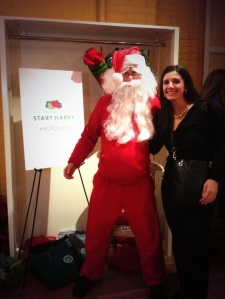 Fruit of the Loom Santa at the Momtrends Holiday Event