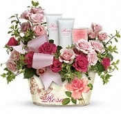 The Everything Rosy Gift Set, Image from Teleflora