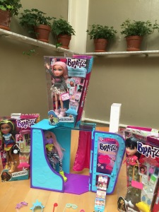 #SelfieSnaps Collection & Photo Booth (Dolls & Booth sold seperately)